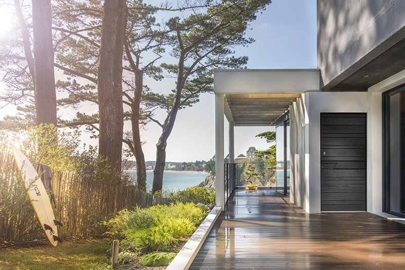 Porte d'entrée en bois - Devis,Pose & Prix - Vaud et Genève